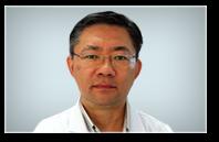 Descrição: http://cirurgiadamao2.tempsite.ws/Images/imagens_servicos_credenciados/puc_campinas/006-Helton-H-Hirata(Assistente).png